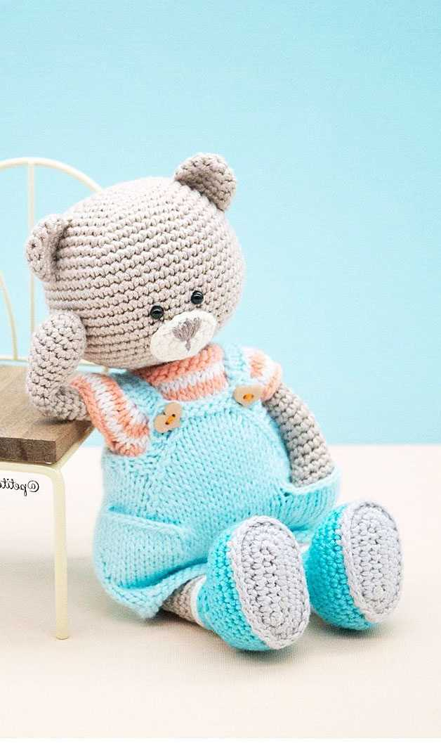 How to crochet a basic teddy bear / amigurumi bear - Buttons ... | 1064x628