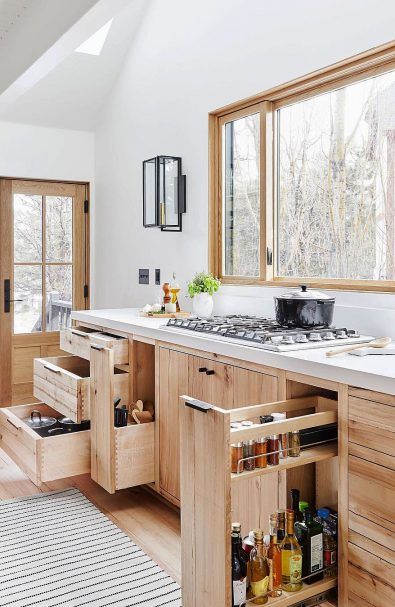 white-kitchen-designs-and-cabin-ideas